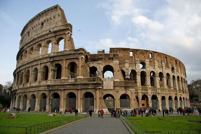 25 Most Famous Landmarks From Around The World 6
