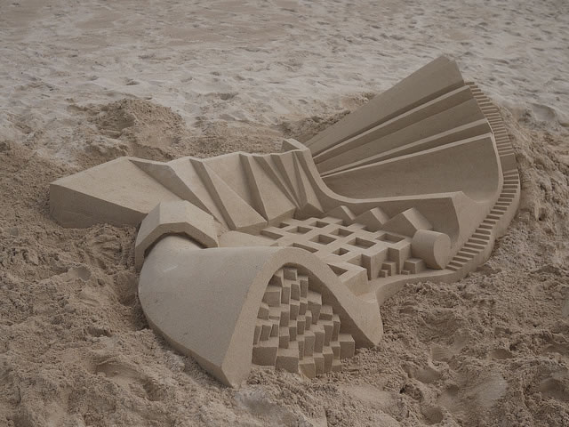 Amazing Sand Castles Turned Into Modern Art 6