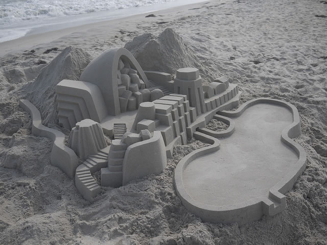 Amazing Sand Castles Turned Into Modern Art 8