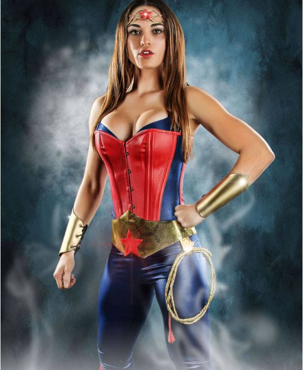 Best-Glamorous-Cosplay-Custom-Costumes-5