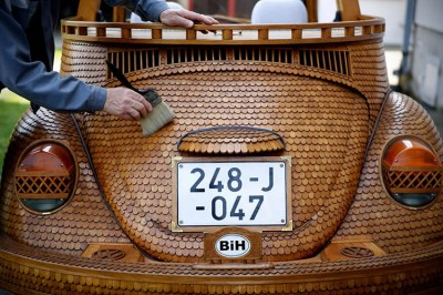 Guy Turns His Car Into A Wooden Volkswagen Beetle Masterpiece