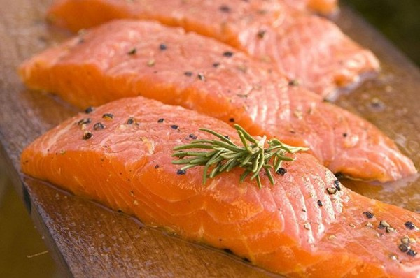 Salmon-Top-10-Healthy-Foods-List-To-Keep-You-Fit-And-In-Shape