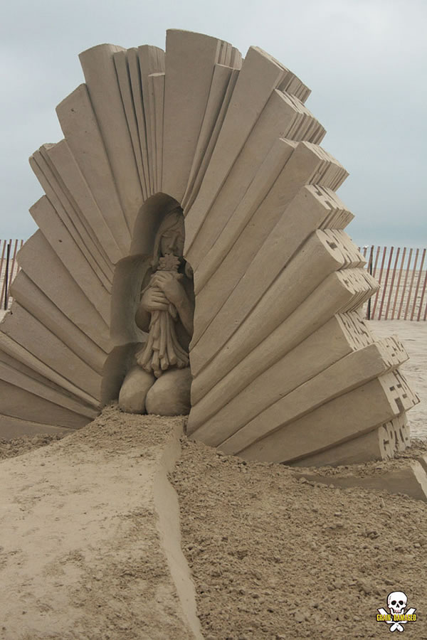 Sand Art Sculptures By Award Winning Sand Sculptor Carl Jara 5
