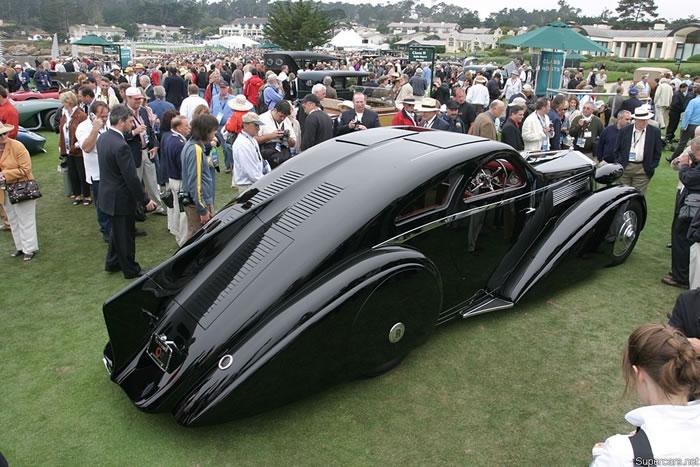 Luxury Automobiles - 1925 Rolls Royce Phantom I (1)