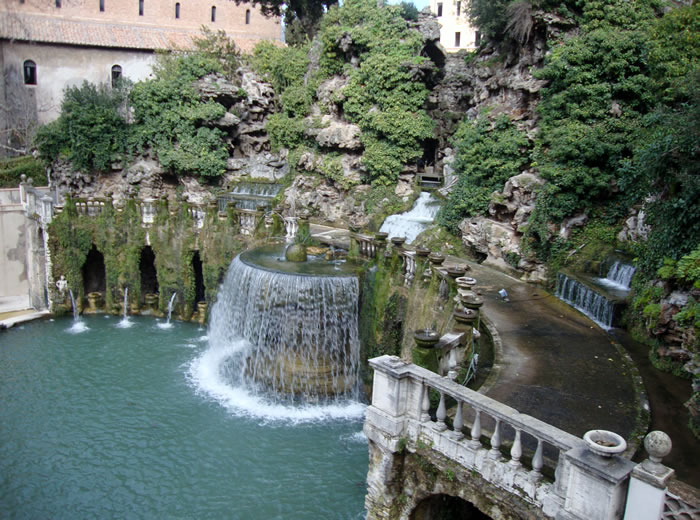 When In Rome You Must Visit Tivoli Fountains 8