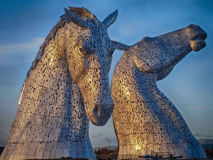 You'll Be Amazed By Scotland's New Giant Horse Head Sculptures 1
