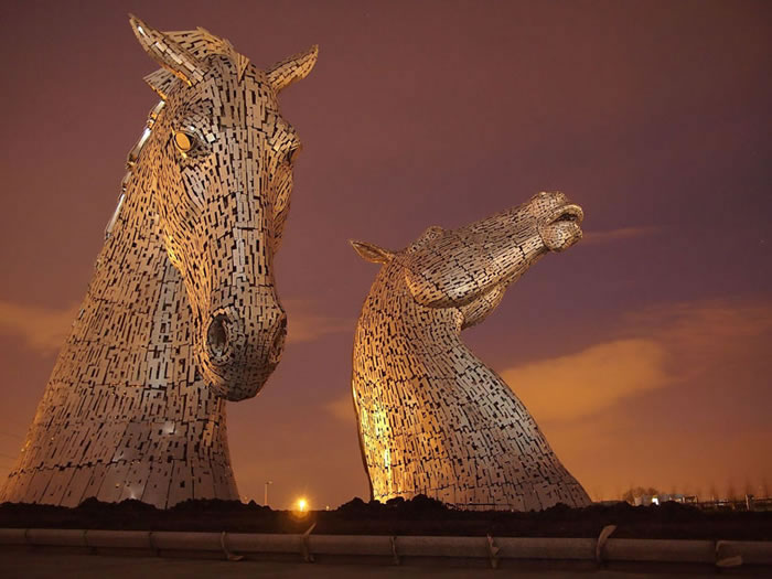 You'll Be Amazed By Scotland's New Giant Horse Head Sculptures 5