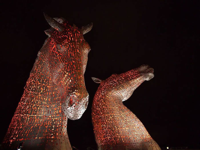 You'll Be Amazed By Scotland's New Giant Horse Head Sculptures 7