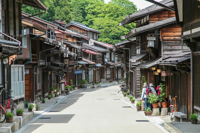 10 Picturesque Streets You Should Walk Down Before You Die 10