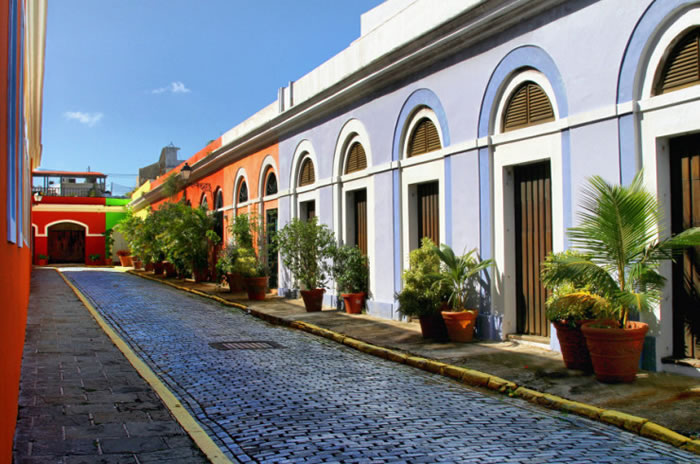 10 Picturesque Streets You Should Walk Down Before You Die 18
