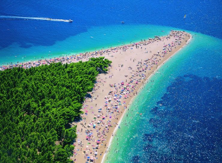 10 Weird And Wonderful Beaches You Must Visit Before You Die 4
