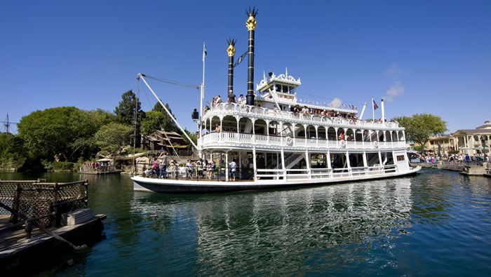 13 Things You Never Knew You Could Do At Disneyland 1