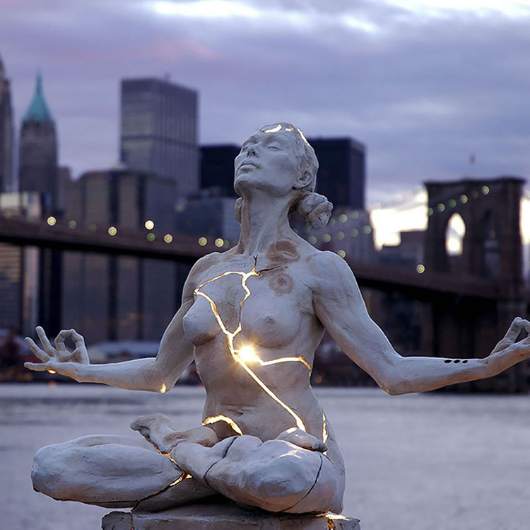 25 Most Creative Statues From Around The World 2