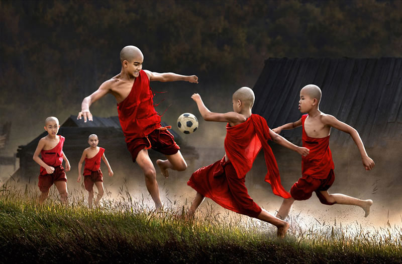 10 Beautiful Images Of Children Playing From Around The Globe