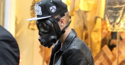 10 Outrageous Disguises Used By Celebs To Dodge Paparazzi