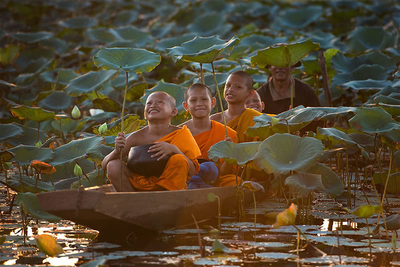 11 Beautiful Images Of Children Playing From Around The Globe