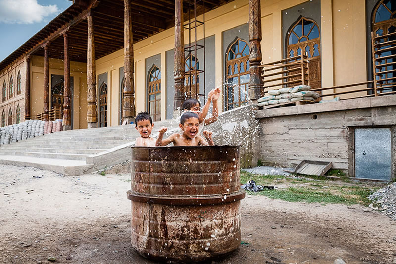 5 Beautiful Images Of Children Playing From Around The Globe