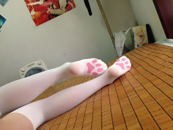 15 Fun Socks And Tights To Make Your Legs Look Awesome 5
