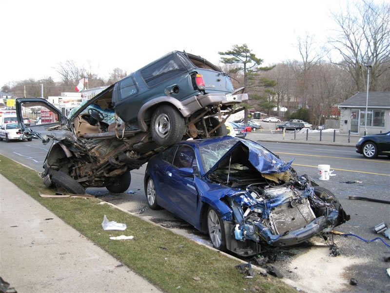 car crash - 10 Random Interesting Facts You Probably Never Kew