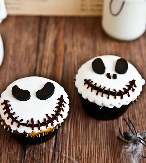 20 Fun And Creative  Halloween Cupcakes 4