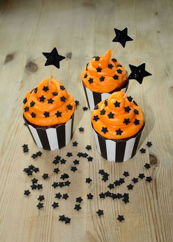20 Fun And Creative  Halloween Cupcakes 5