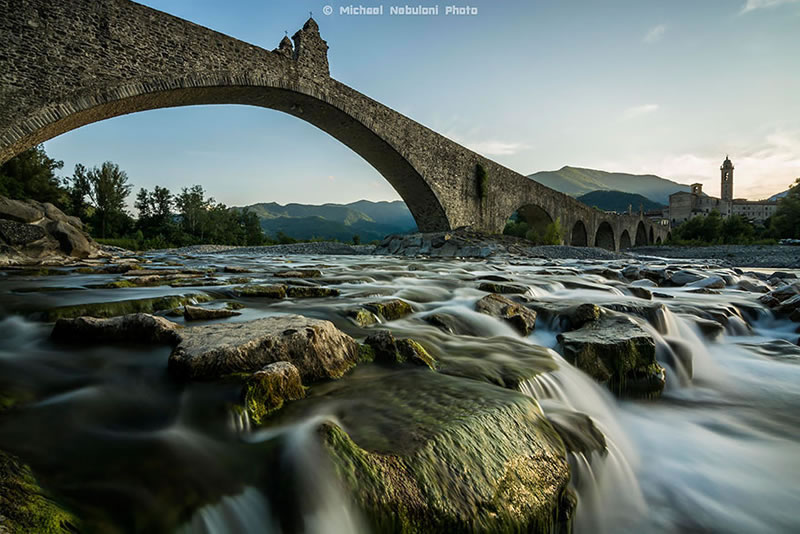 25 Amazing Mystical Bridges That Will Take Your Breath Away (9)