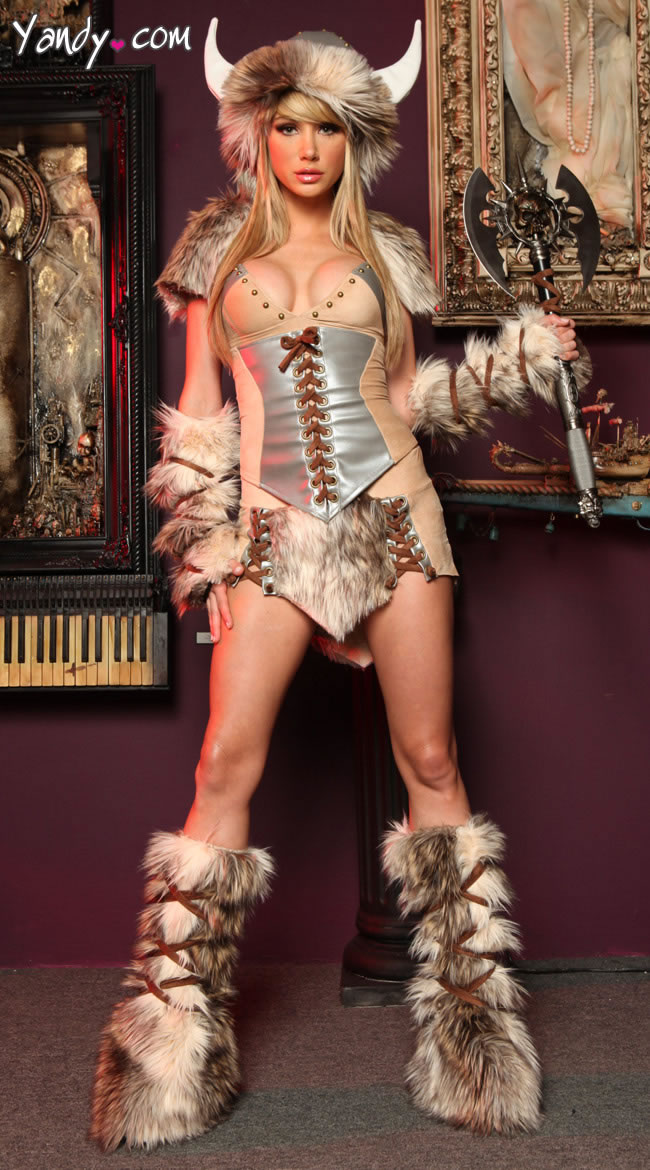 7 The Viking Deluxe Costume - Sexy Halloween Costume Ideas