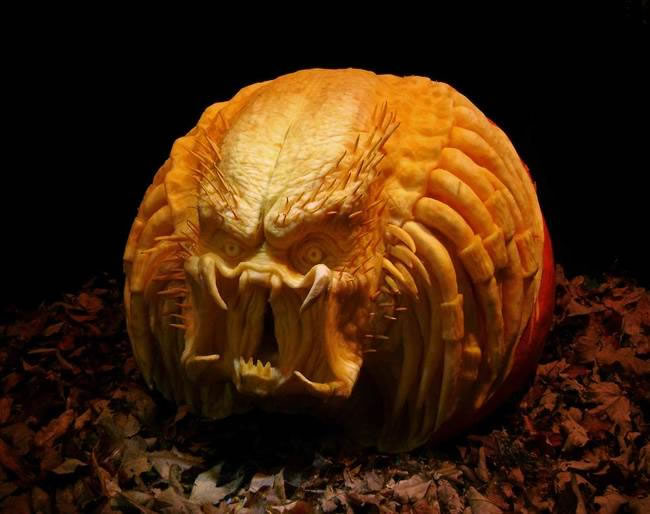 Amazing And Spooky Halloween Pumpkin Carvings (2)