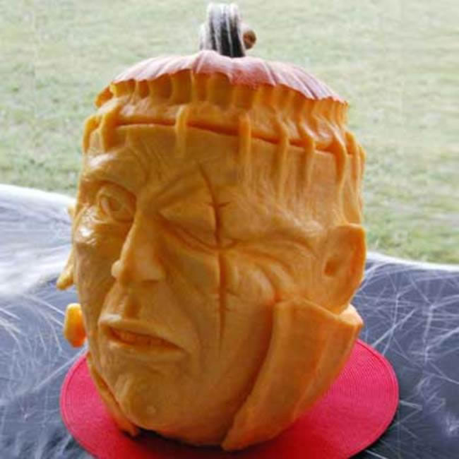 Amazing And Spooky Halloween Pumpkin Carvings (4)