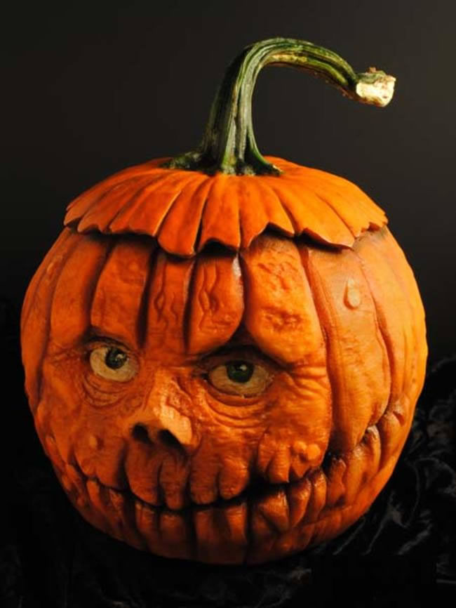 Amazing And Spooky Halloween Pumpkin Carvings (5)