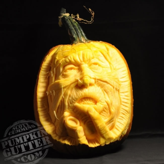 Amazing And Spooky Halloween Pumpkin Carvings (8)