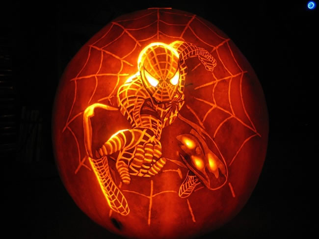 Amazing And Spooky Pumpkin Carvings (11)