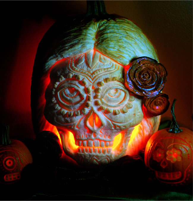 Amazing And Spooky Pumpkin Carvings (5)