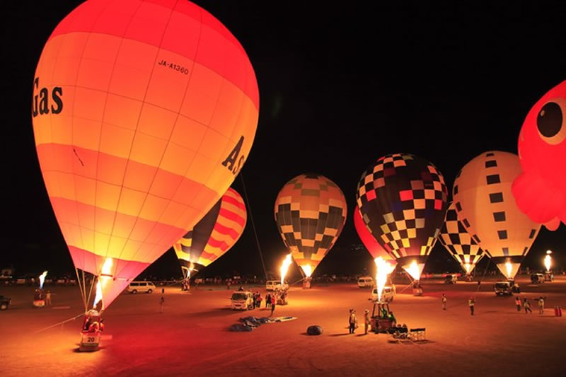Balloon night