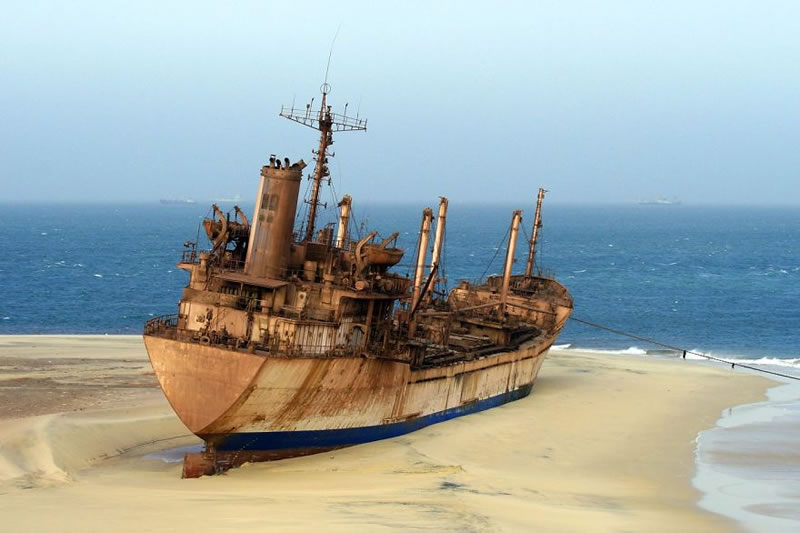 End Of The Line Ghostly Abandoned Ships Photos (8)