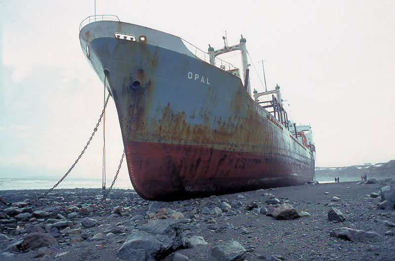 End Of The Line Ghostly Stranded Ships Photos (10)