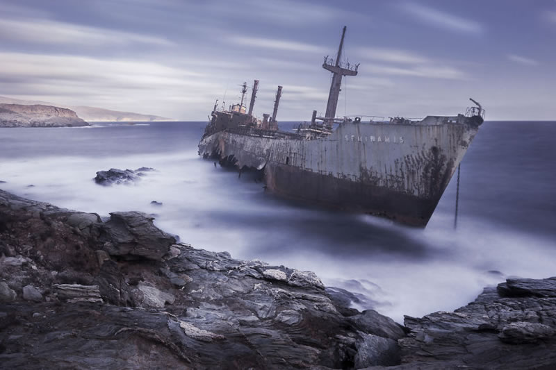 End Of The Line Ghostly Stranded Ships Photos (12)