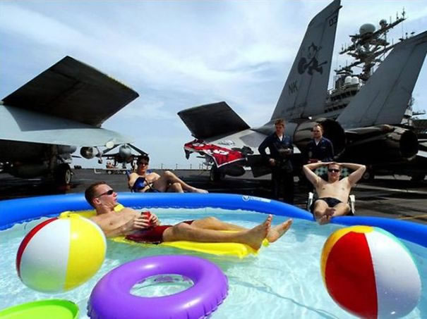Funny Pictures - Military Day Off (18)