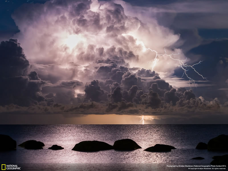 Lightning - National Geographic Photo Contest 2014