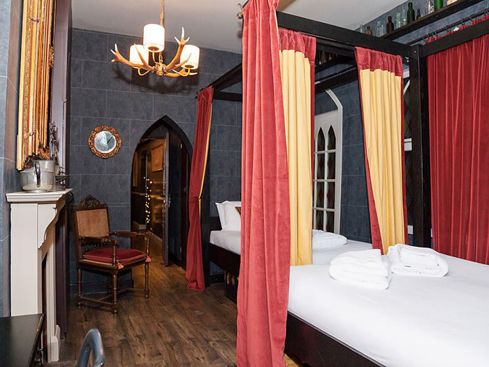 London Hotel Lets You Spend A Night At Hogwarts School 4