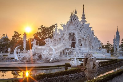 Thailand Travel - The Temple That Came Down From Heaven (1)