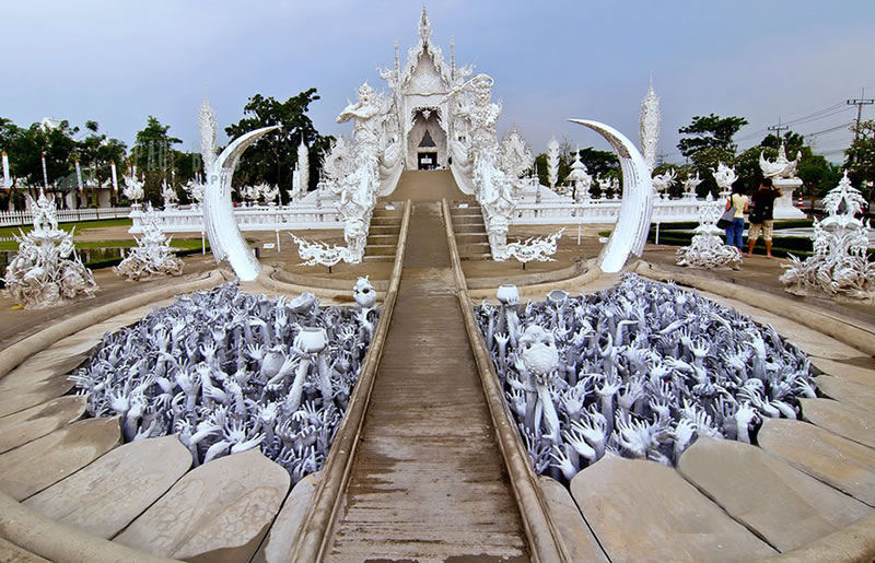 Thailand Travel - The Temple That Came Down From Heaven (4)
