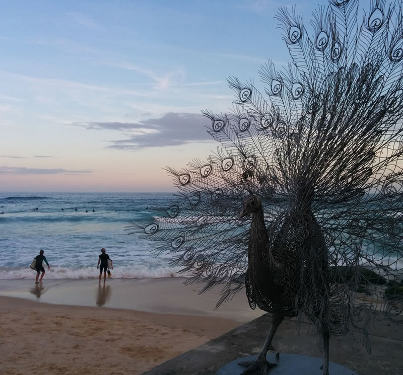 Giant Abstract Sculptures Take Over Bondi Beach (3)