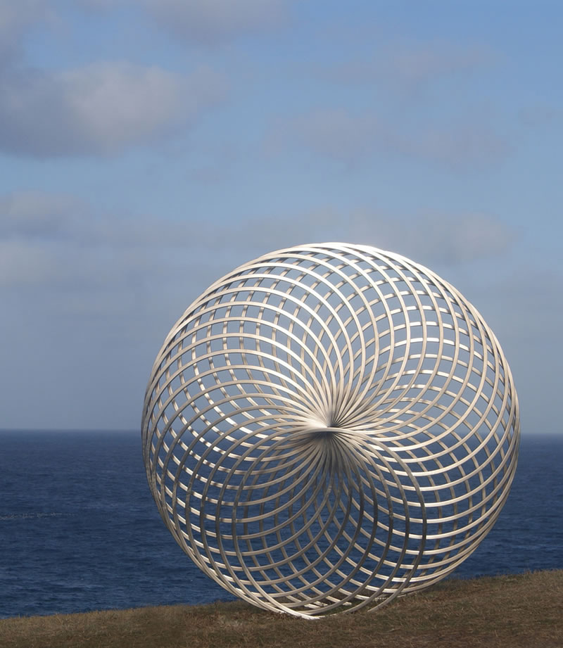 Giant Sculptures Take Over Bondi Beach (3)