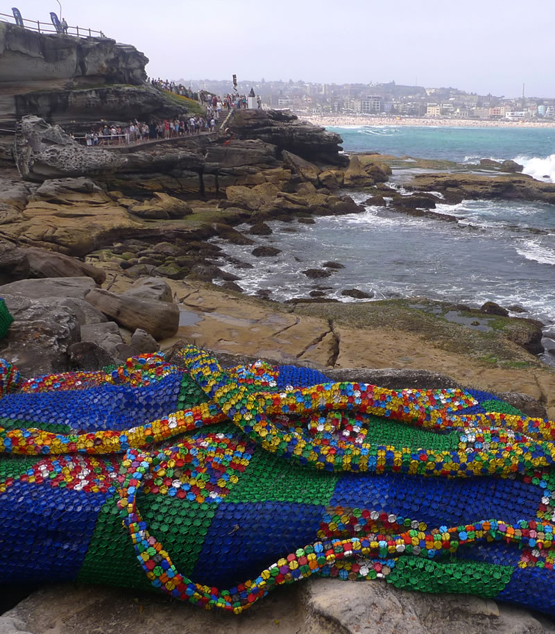Giant Sculptures Take Over Bondi Beach (5)