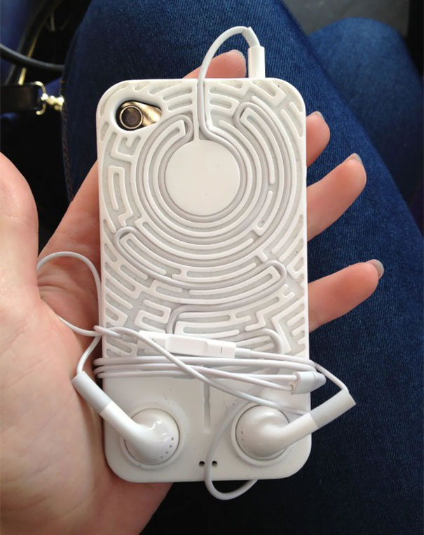 15 Of The Coolest Mobile Phone Case Designs On The Planet (8)