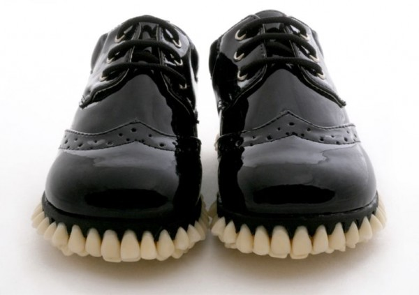Custom Designer Shoes apex predator Get Full Teeth  implants For Soles (1)