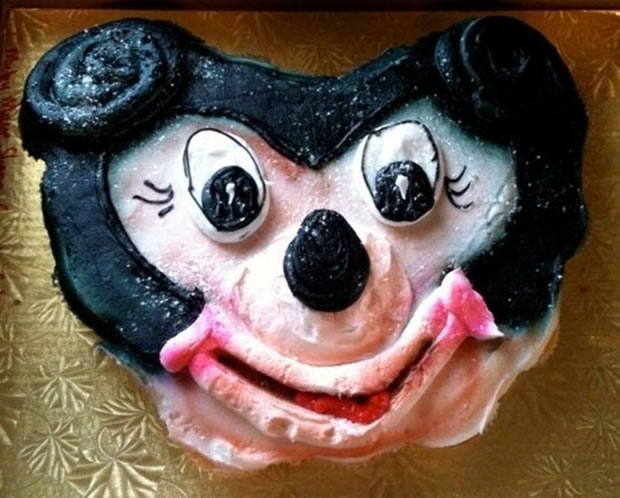 20 Disney Decorated Cakes That Never Had A Happy Ending 3