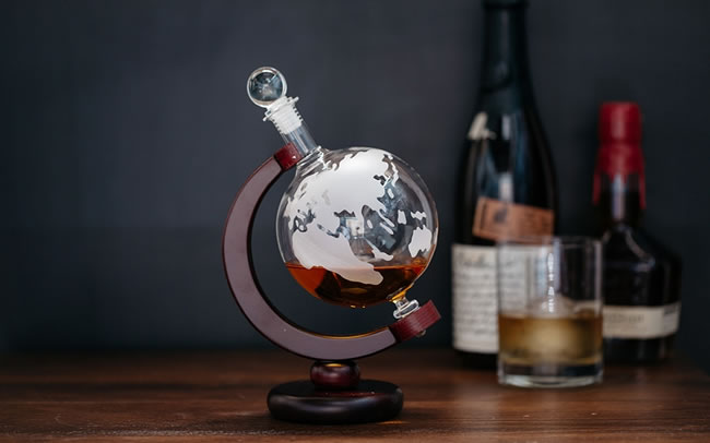 10-most-awesome-decanters-you-would-love-to-own-2