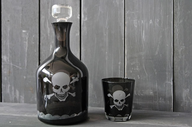 10-most-awesome-decanters-you-would-love-to-own-3
